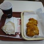 ケンタッキー フライドチキン - 料理写真:チキン&鶏がらだしの旨むすび&ドリンク