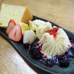 カフェ・マザー - 2014.04デザートセット(600円)手作りケーキにアイスにフルーツ