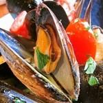 28021451 - ムール貝の白ワイン蒸し