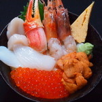海鮮丼 大江戸 - ウニ盛り小樽丼(ウニ・イクラ・エビ・カニ爪・ホタテ・イカ)