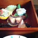 わらび奄 - 小さな重箱のUP