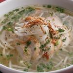 ニャー・ヴェトナム - 料理写真:蒸し鶏のフォー
