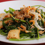 ニャーヴェトナム - 厚揚げと青菜のにんにく炒め