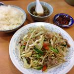 四ツ角飯店 - 肉野菜炒めライス750円