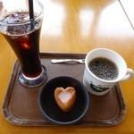 mokumokuとまとcafe - ドリンク&苺のデザート(2014.4.19訪問)