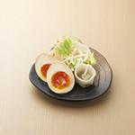 つけ麺屋 やすべえ - 大人気トッピング:お得な3種盛り