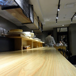 フジマル醸造所 - カウンター席