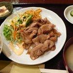 虎ノ門居酒屋 ふらっと - 生姜焼定食