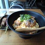 2833778 - 親子丼 (串焼き)かしわ/白肝