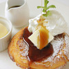 ヘルシンキ・ベーカリー - 料理写真:パンに使うお粉で焼いたパンケーキはふんわり