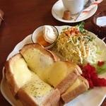 プティ・シャ - チーズトースト