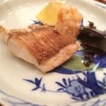 28381109 - 焼物は淡路島産の鯛