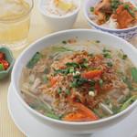 ニャーヴェトナム - 本日のフォーと本日のミニミニ丼ランチ