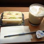 デリカフェ エキスプレス大阪 - モーニングサービスがなかったので単品で注文☆♪