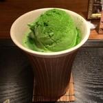 28401251 - 抹茶フロート(648円)