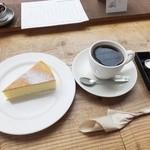 ゼロハチコーヒー - エチオピアナチュラルとチーズケーキ