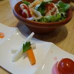 ココット - サラダと前菜