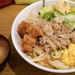 ランラン - 肉野菜丼 普通盛