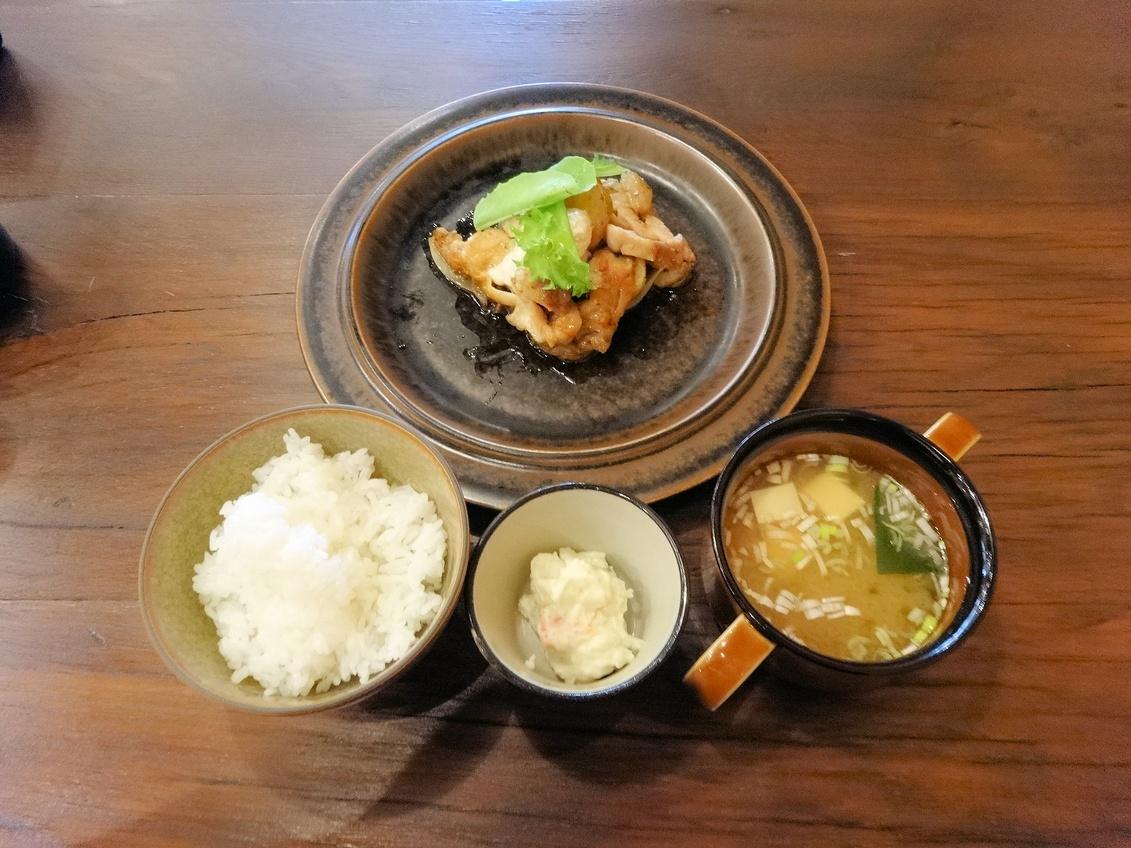 ヒキダシ カフェ