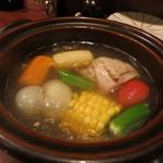 八お野 - 夏野菜とごろごろ野菜の八お野風ポトフ(1100円)。