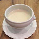 28454196 - カリフラワーのスープ