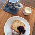 EDEN - 玄米コーヒー、バナナおからケーキ