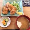 サクラキッチン - 料理写真:鶏の唐揚げにご飯セットをご飯なしで。