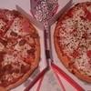 ピザハット - 料理写真:よくばりミート4 と チーズ&チーズ
