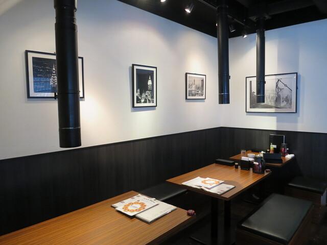 https://tabelog.ssl.k-img.com/restaurant/images/Rvw/28583/640x640_rect_28583255.jpg
