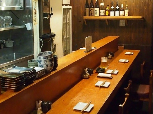 https://tabelog.ssl.k-img.com/restaurant/images/Rvw/28645/640x640_rect_28645241.jpg