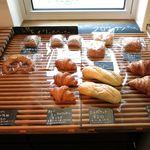 宮の森パン工房 - トイツパンコーナー