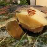 第三春美鮨 - エゾアワビ 340g 酒蒸し 素潜り漁 宮城県七ヶ浜 煮詰めたゼラチンを添えて