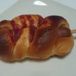 みもすパン工房 - テンションUPの棒つきフランク!旨味の詰まったぷりぷりフランク173円
