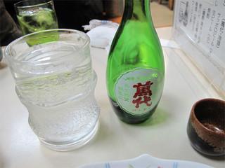 おでん はやし - 日本酒の後は、焼酎のお湯割りを何杯も頂いてしまいました。チョイ呑みになってませんでしたね。