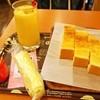 ごはんや みくろ - 料理写真:パパイヤトーストセット(ミックスジュース)