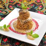 ロシア料理レストラン・バー ニーナ - ありづかケーキ 880円★ロシアではとてもポピュラーなケーキです♪