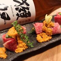 大衆割烹TAKEYA - 雲丹の牛肉巻