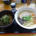 大島 - 「いりこラーメン」580円・「おかかわさび飯セット」200円