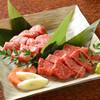 うしのよだれ - 料理写真:鹿児島県産黒牛 厚切り2種盛り