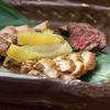 炉とマタギ - 料理写真:三獣奏 その日オススメのお肉を堪能!