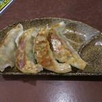 将軍らーめん - 料理写真:手作り餃子(4個)