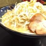 28886021 - 豪麺大930円(ニンニクなし、油少なめ)
