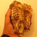 牛之宮 - 岩牡蠣級の特大牡蠣 夢牡蠣