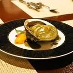 コントワール ミサゴ - あわびのステーキ肝ソース(Sサイズ4,200円)