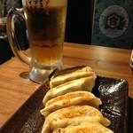 肉汁餃子製作所ダンダダン酒場 - 餃子とビールは文化です。