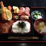 鈴女 - 海鮮ちらし箱¥1,800