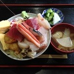 鈴女 - 海鮮丼¥1,500+大盛り¥100