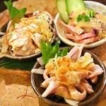 焼とんyaたゆたゆ - 豚の刺身三種盛り(オタフク、ガツ、タン)