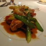 レストラン・セン - オマール海老とやがら 濃厚な甲殻類のソース