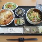 そば喫茶去万屋 - 料理写真:カツ丼冷したぬき¥990-(税込)